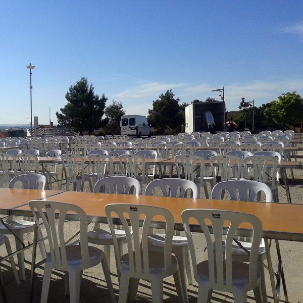 cadires blanques