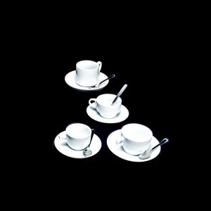 Platos y tazas de café