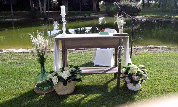 mesita altar